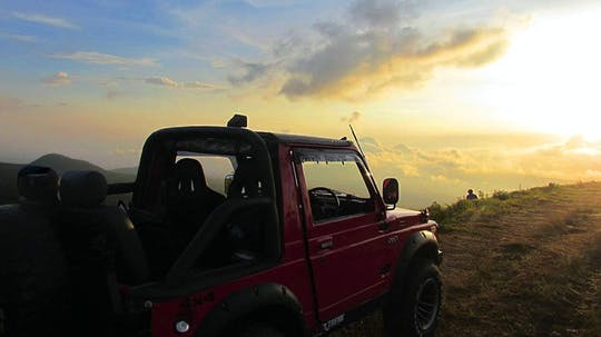Ost-Bali Geländewagen-Safari bei Sonnenaufgang und Salak-Ernte-Erlebnis