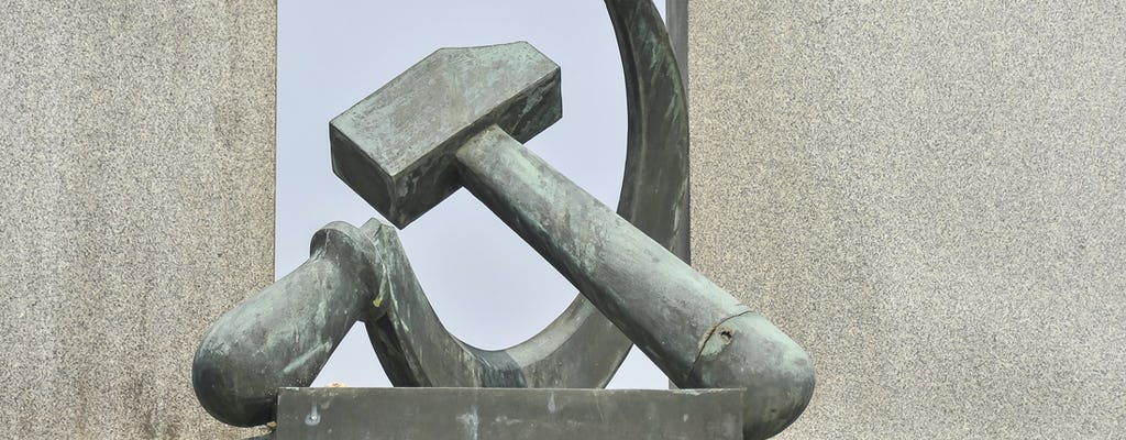 Rundgang durch den Kommunismus und den Zweiten Weltkrieg und Eintrittskarte in Prag