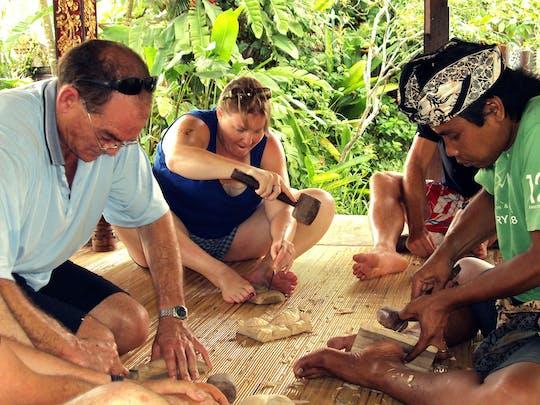 Warsztaty z balijskiej sztuki rzeźbienia w drewnie organizowane przez Arma