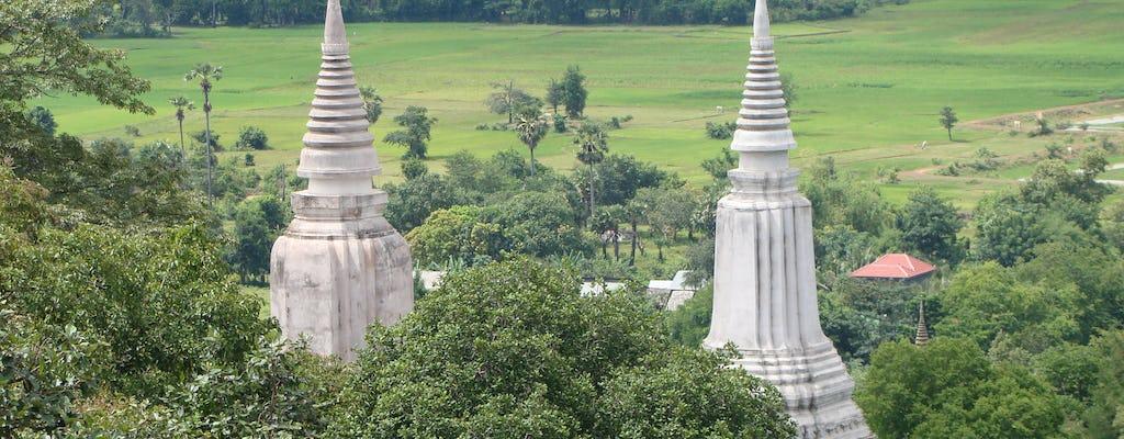 Excursão privada de dia inteiro para a antiga capital Oudong saindo de Phnom Penh