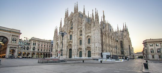 Discover Milan on a guided tour with a local