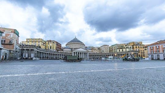 Descubra Nápoles em uma excursão guiada com um morador