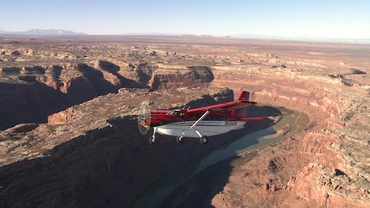 Canyonlands National Park airplane scenic tour