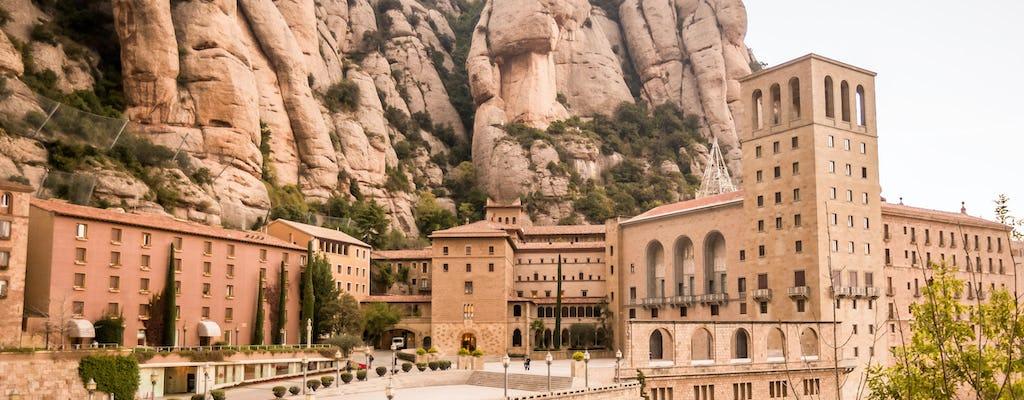 Visita guiada a Montserrat desde Barcelona con vino y tren de cremallera
