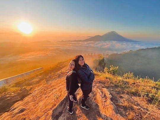 Sonnenaufgangswanderung zum Vulkan Mount Batur mit Frühstück auf dem Gipfel