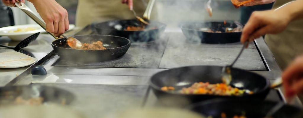 Clase de cocina en uno de los mejores restaurantes de Bahrein.