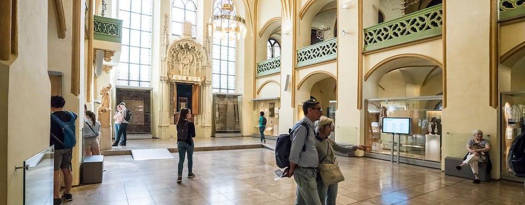 Ciudad vieja y judía de Praga: visita guiada con entradas, café y tarta