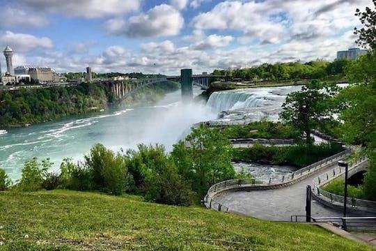 Niagara Falls 1-hour adventure tour