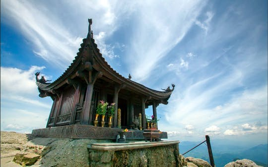 Yen Tu Mountain and Pilgrimage Land full-day tour from Ha Long