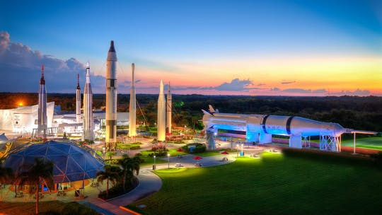 SeaWorld®& Kennedy Space Center VisitorComplex℠ Combo 2021
