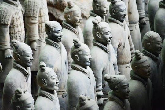 Terakotowi wojownicy i Tang Dynasty Show Xi'an Iconic Insiders wycieczka w małej grupie z lokalnym przewodnikiem