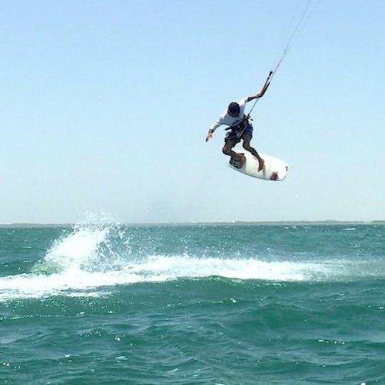 Discover kitesurfing from Abu Dhabi