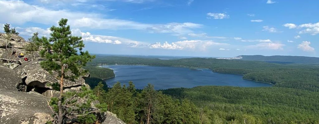 Full-day mountain hike tour
