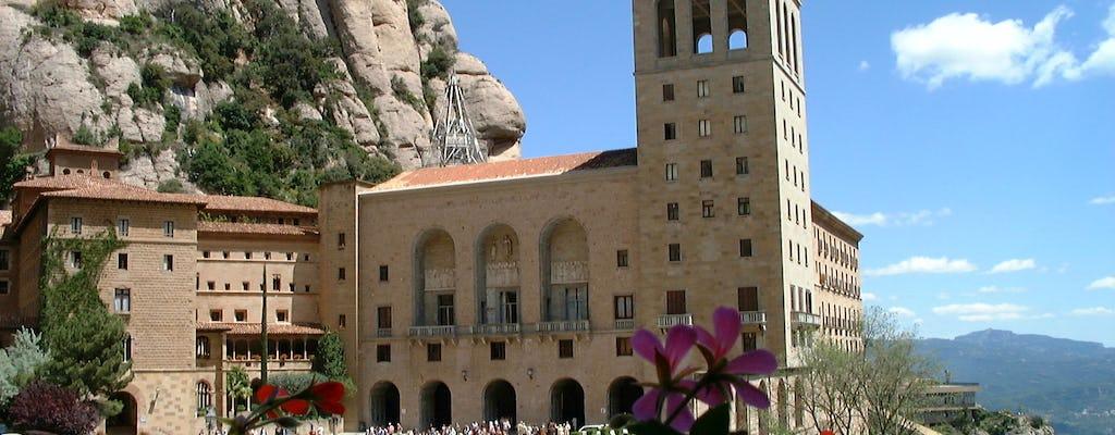 Recorrido sencillo en autobús por Montserrat desde Barcelona