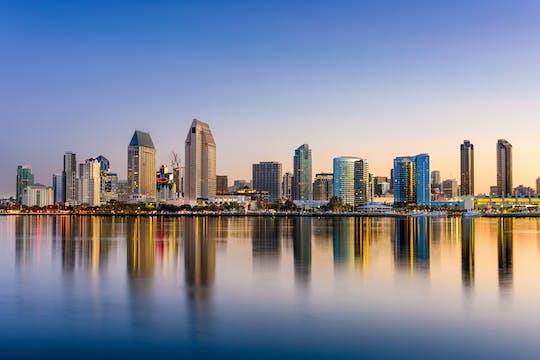 Kolacja i film nad zatoką San Diego