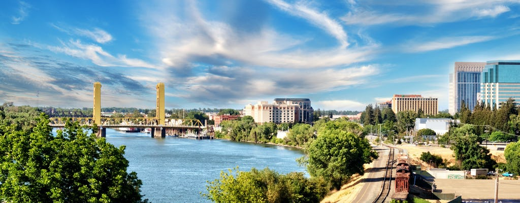 Crucero histórico por el río de Sacramento