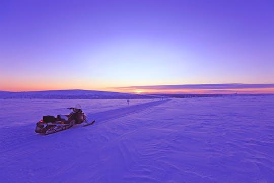 Levi geführtes Schneemobil-Abenteuer