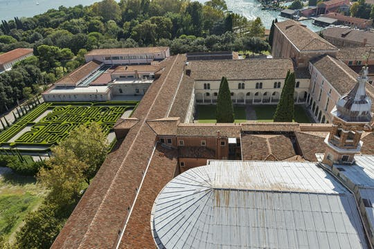 Giorgio Cini Foundation tour with Borges Labyrinth, Wood and Vatican chapels with audioguide