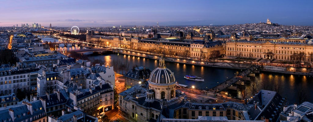 Evening cruise on the Seine river with an aperitif
