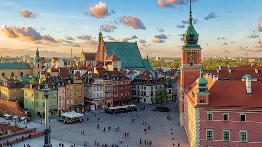 Self guided tour with interactive city game of Warsaw