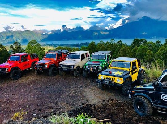 4x4 klassische Jeep Tour mit Wasserfall, Batur Caldera Sonnenaufgang und Batur schwarzer Lavavulkan