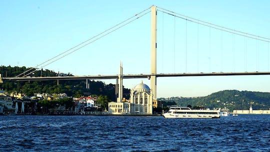 Giro turistico della città di Istanbul in autobus e battello
