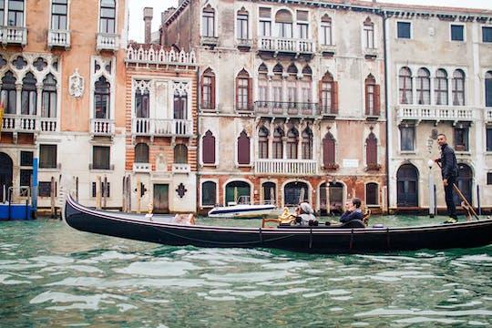 Tour a piedi di Venezia per piccoli gruppi con giro in gondola