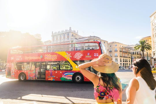 Tour in autobus hop-on hop-off City Sightseeing di Malaga con Premium Museum Experience