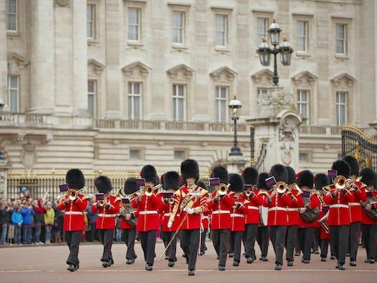 Changing of the Guard walking tour London