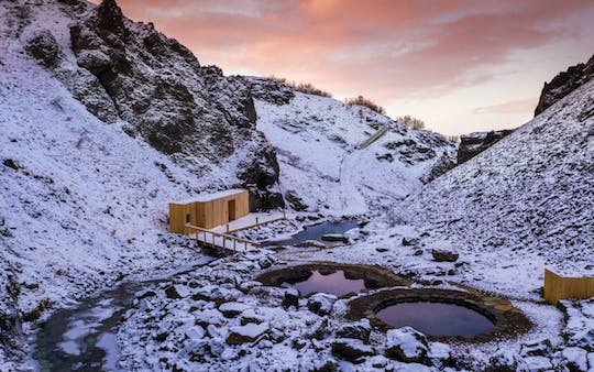 Small-group tour to the Silver Circle with Canyon Baths visit