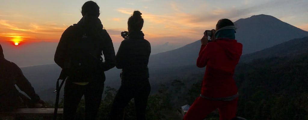 Специальный поход на восход солнца по кальдере Батура с местным гидом Батура