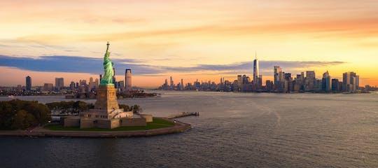 Tour della Statua della Libertà ed Ellis Island in spagnolo