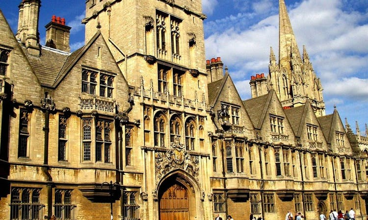 Stonehenge, Oxford & Windsor with Guide and Transportation