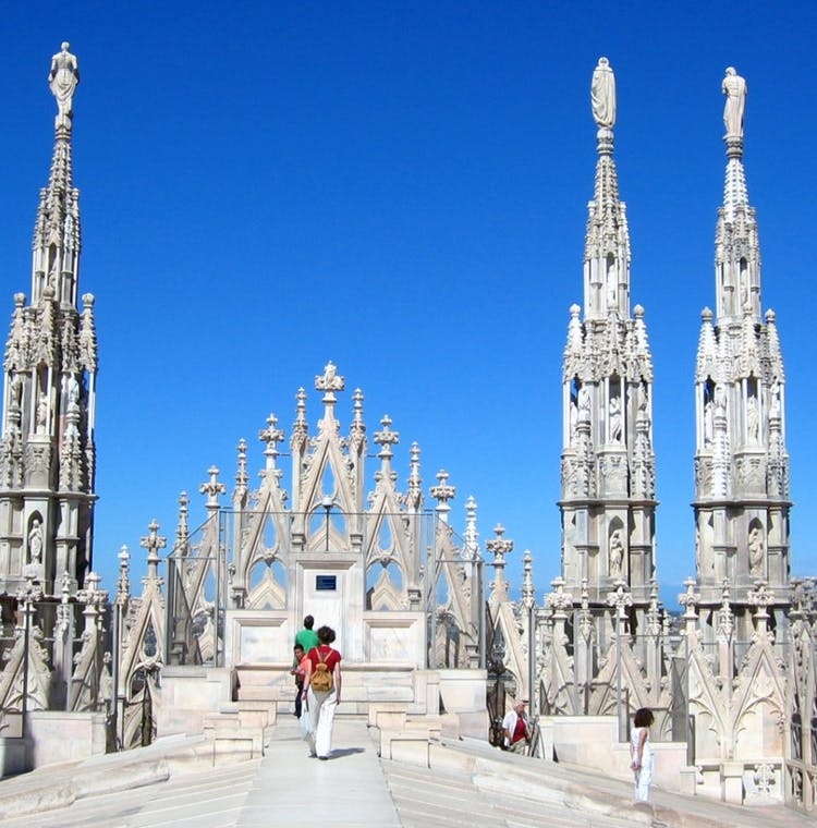 Duomo Cathedral and Rooftop: Skip the Line Guided Tour