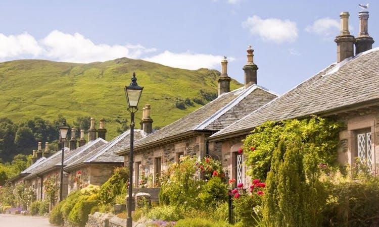 Day Trip to Loch Lomond, The Trossachs & Stirling Castle from Edinburgh