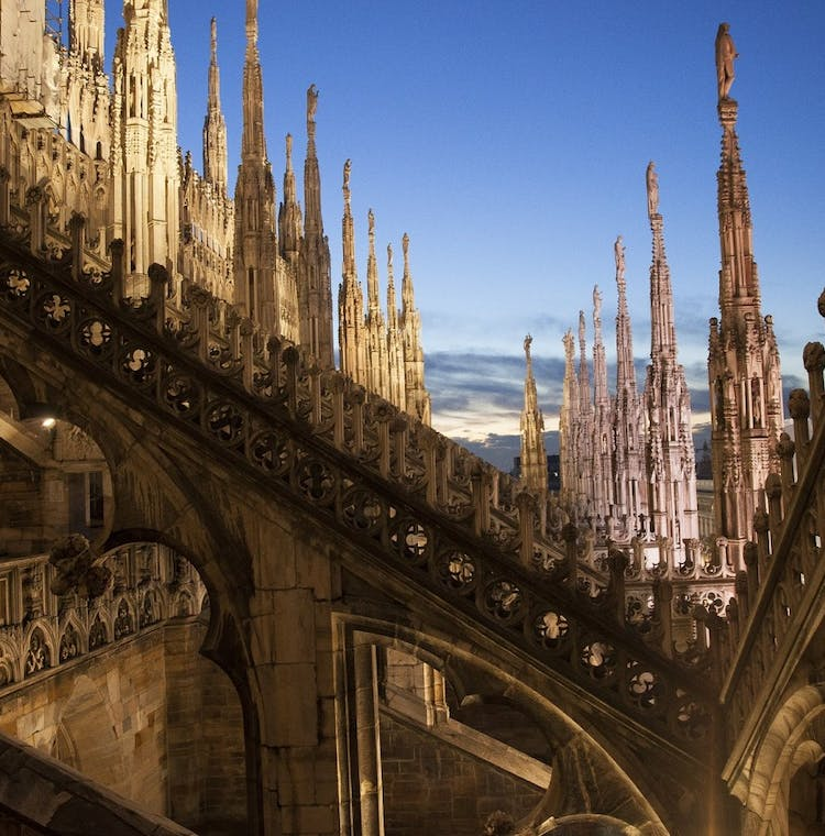 Milan walking tour with Last Supper and Duomo Rooftop