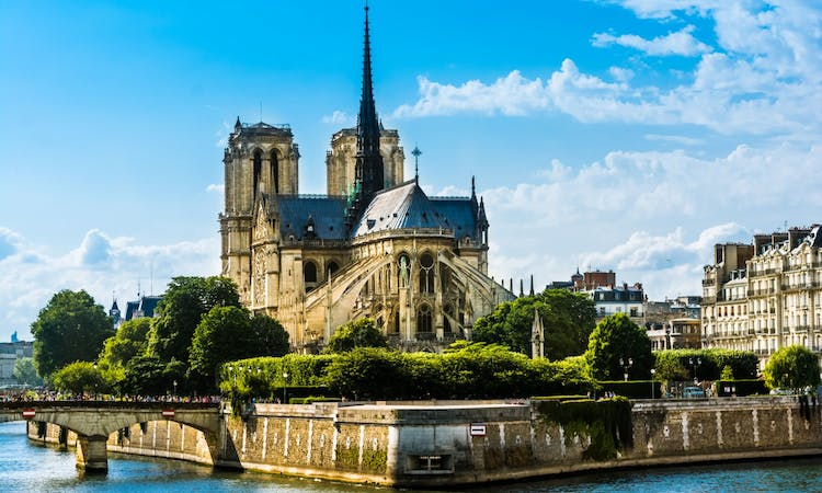 Paris: Express Eiffel Tower Tour with 2nd floor Observation Deck Access and Seine River Cruise-7