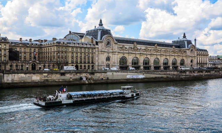 Paris: Express Eiffel Tower Tour with 2nd floor Observation Deck Access and Seine River Cruise-9