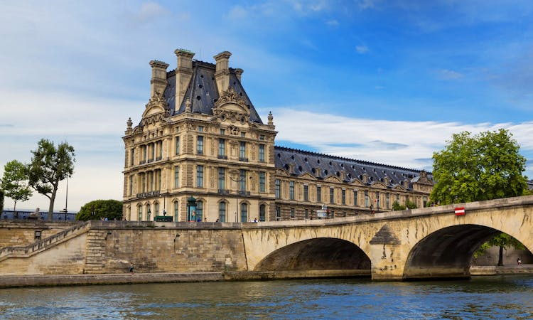 Paris: Express Eiffel Tower Tour with 2nd floor Observation Deck Access and Seine River Cruise-10