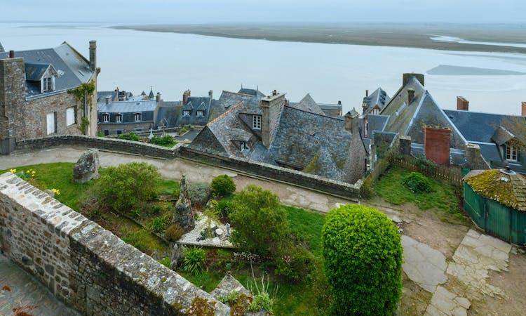 Mont Saint-Michel day trip: village and abbey visit-3
