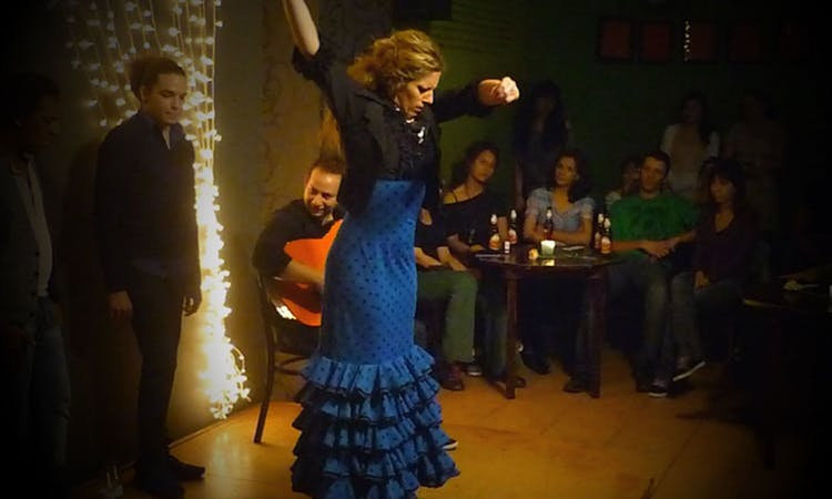 Tapas dinner and flamenco show in Valencia-2