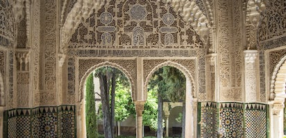 alhambra and generalife skip the line tickets and official guided