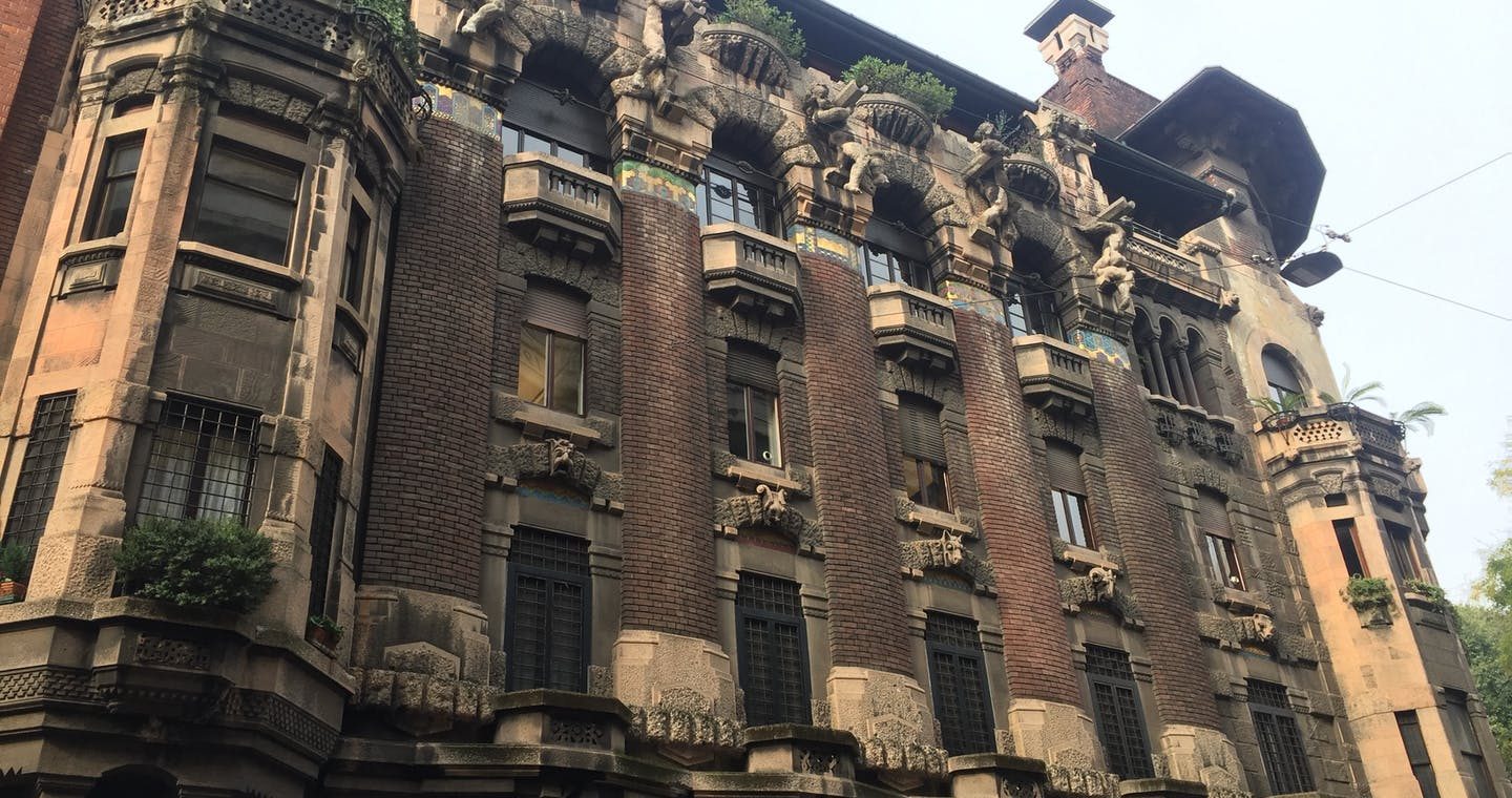 Art, architecture and design tour in Milan-1