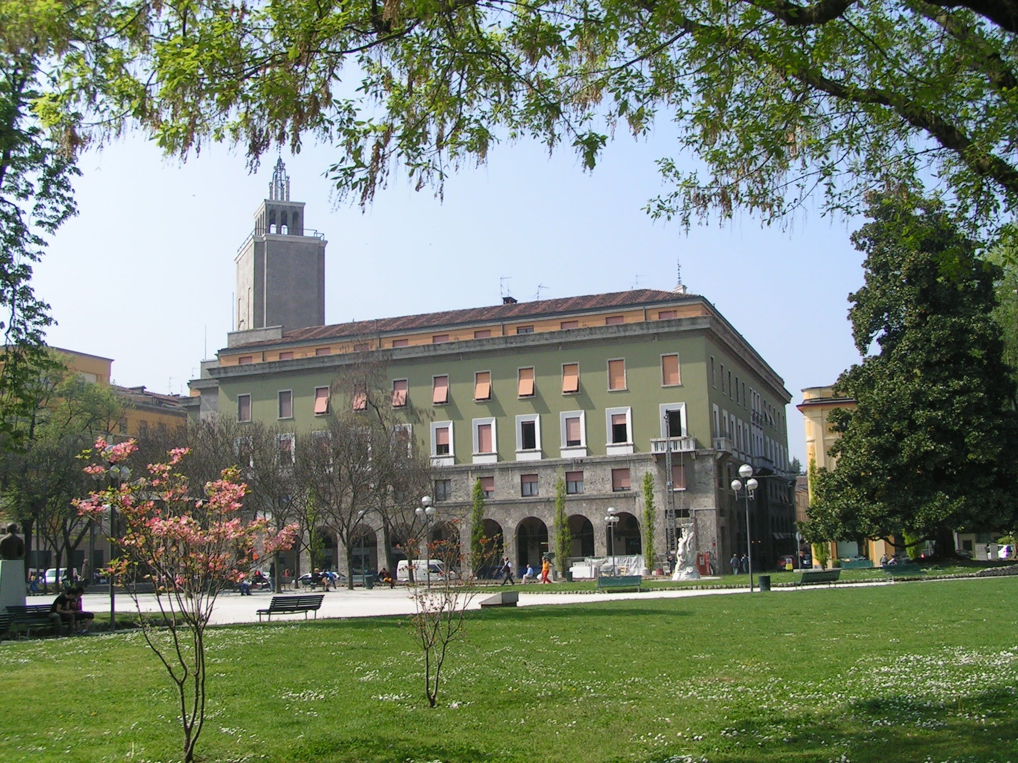 Cremona 2.5-hour private guided walking tour-3