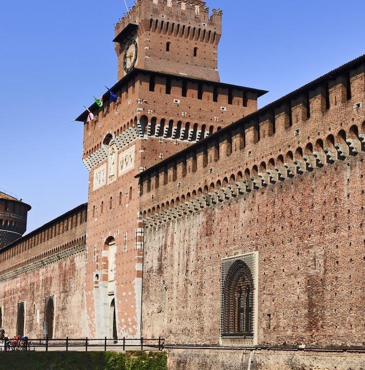 Castello Sforzesco Milano - Fotolia_59209123.jpg