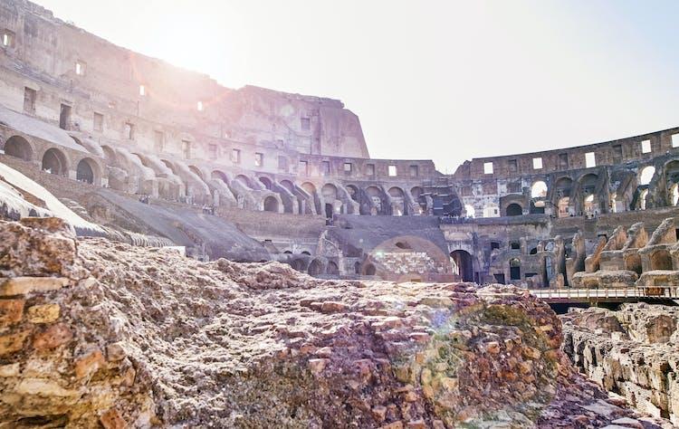 Colosseo interno fotolia.jpg