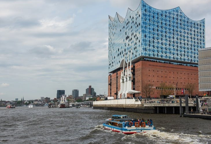 Port of Hamburg cruise and Elbphilharmonie tour_Admire the Elbphilharmonie from the water.jpeg