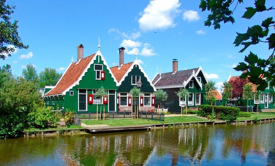 Zaanse Schans guided tour with THIS IS HOLLAND and Amsterdam canal cruise