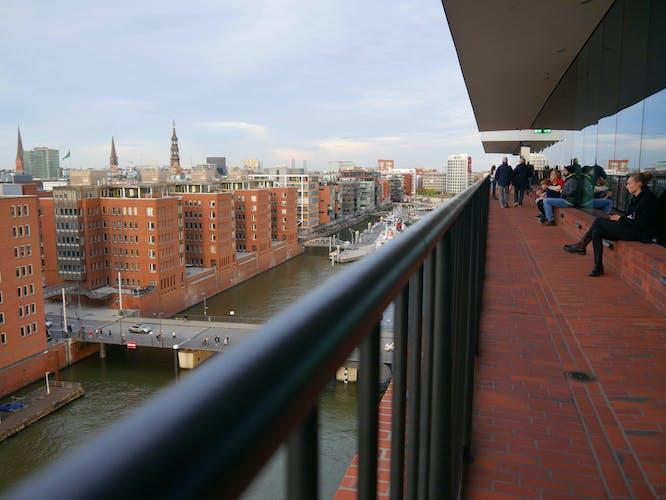 Elbphilharmonie Tour und Miniatur Wunderland_Plaza viewing platform.jpeg