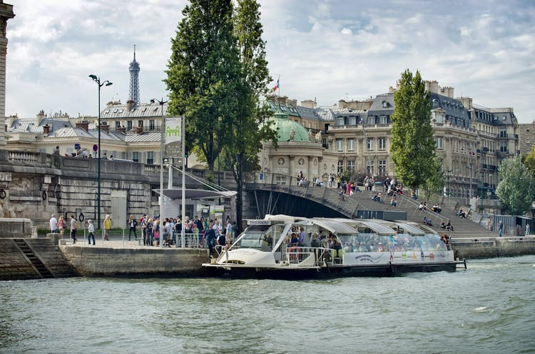 Stop Musée d'Orsay_Batobus.jpg